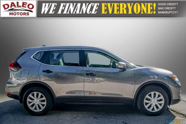 2018 Nissan Rogue S /BACK UP CAM / HEATED SEATS / LOW KMS Photo10