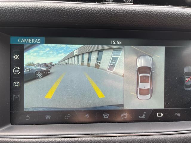 2017 Jaguar XF 20d R-Sport Navigation/Sunroof /Camera Photo15