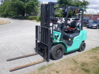 Used 2019 Mitsubishi FG25b 3 stage Forklift propane for sale in Burnaby, BC