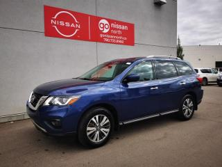 Used 2017 Nissan Pathfinder SV / 4WD / Touch Screen / Heated Seats / 3rd Row for sale in Edmonton, AB