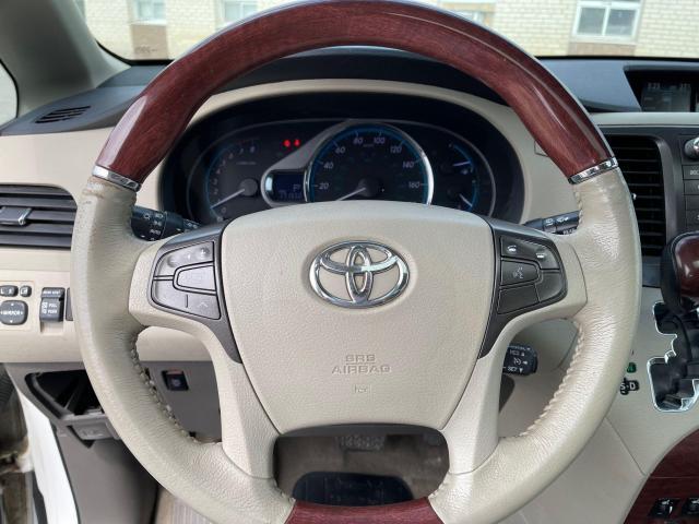 2013 Toyota Sienna LIMITED AWD NAVIGATION/DVD/7 PASSENGER Photo17