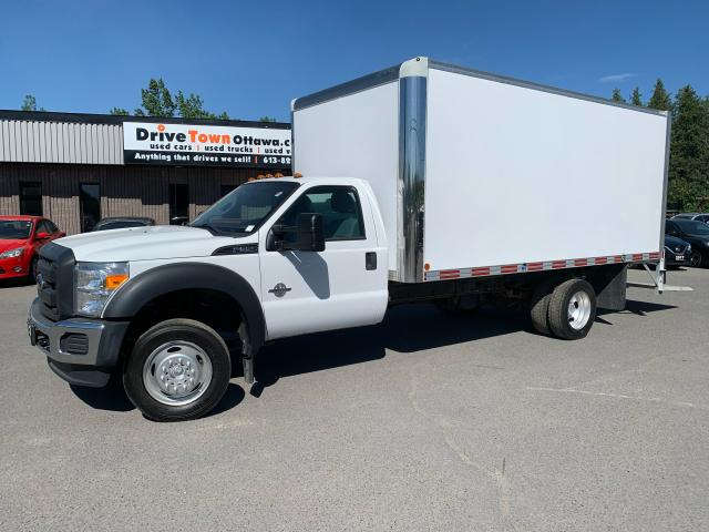 2015 Ford F-550 16FT CUBE VAN with TOMMY LIFT