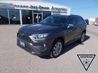 Used 2019 Toyota RAV4 XLE for sale in Arnprior, ON