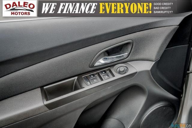 2013 Chevrolet Cruze LT Turbo / KEYLESS ENTRY / Photo17