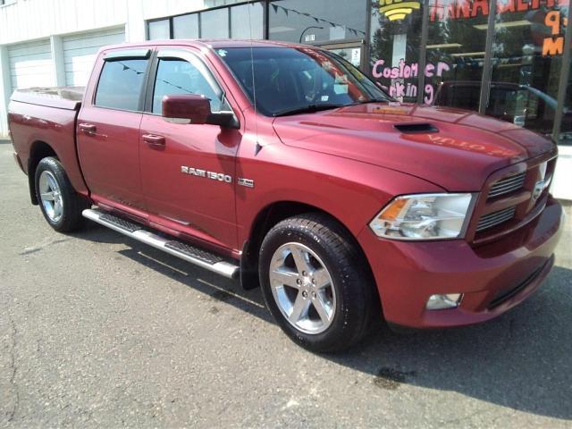 2012 RAM 1500 SPORT