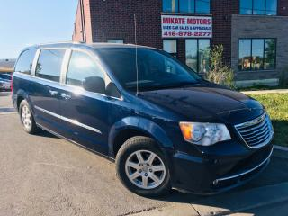 Used 2012 Chrysler Town & Country TOURING - LOADED WITH OPTIONS! for sale in Rexdale, ON