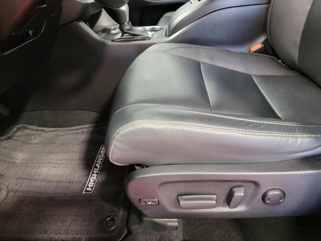 2018 Toyota Highlander XLE AWD Photo20