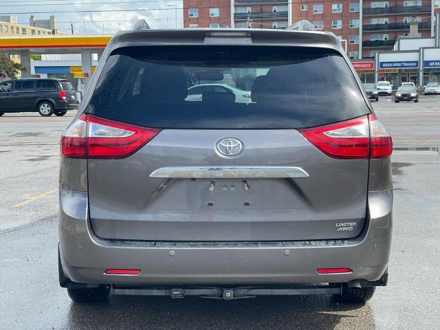2017 Toyota Sienna Limited  AWD NAVIGATION/PANORAMIC SUNROOF /DVD Photo4