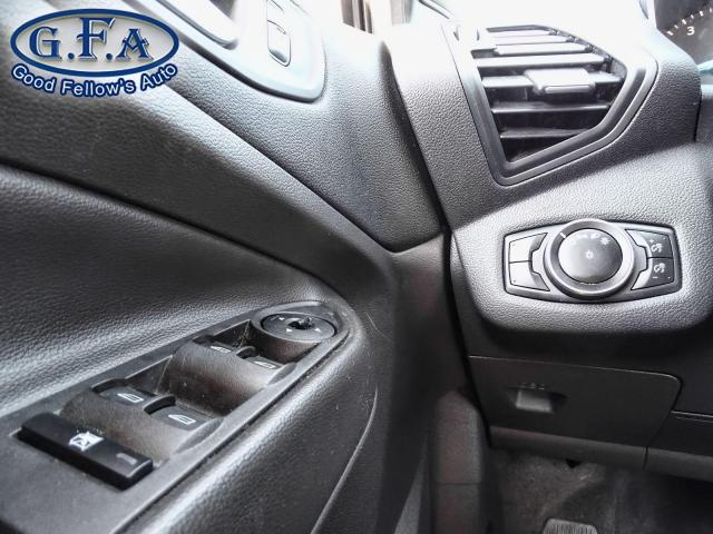 2017 Ford Escape SE MODEL, 4WD, BACKUP CAMERA, HEATED SEATS, ALLOY