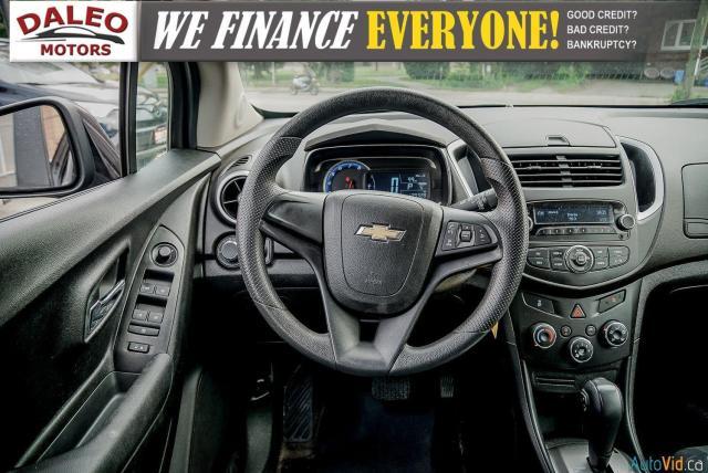 2015 Chevrolet Trax LS / ONSTAR / REAR WIPER / USB INPUT Photo13