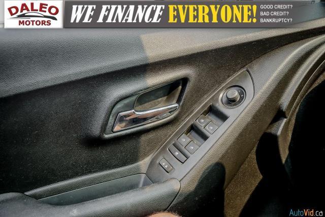2015 Chevrolet Trax LS / ONSTAR / REAR WIPER / USB INPUT Photo15