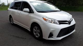 Used 2018 Toyota Sienna LE for sale in Stittsville, ON