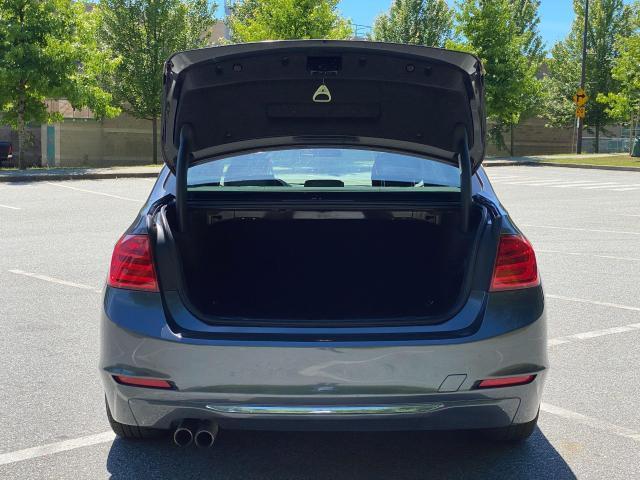 2014 BMW 3 Series 328i xDrive Photo4