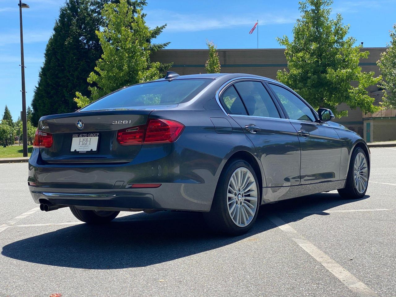 2014 BMW 3 Series 328i xDrive Photo6