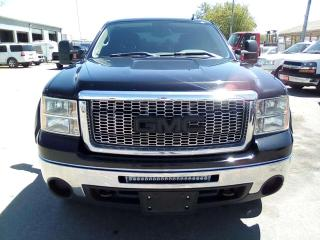 Used 2011 GMC Sierra 1500 SL Ext. Cab 4WD for sale in Leamington, ON