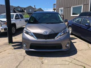 Used 2013 Toyota Sienna SE for sale in Hamilton, ON