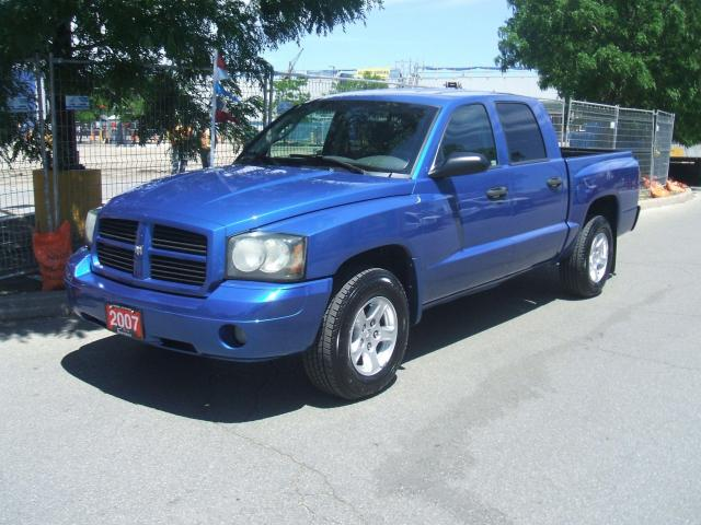 2007 Dodge Dakota QUAD CAB       4X4