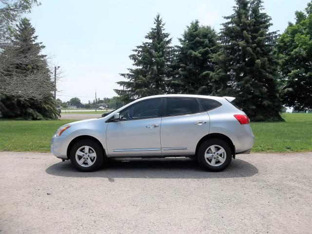 2013 Nissan Rogue Special Edition- 4 NEW TIRES!!