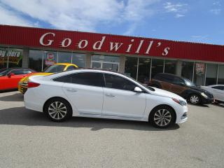 Used 2016 Hyundai Sonata PANORAMIC ROOF! PARKING DISTANCE CONTROL! for sale in Aylmer, ON