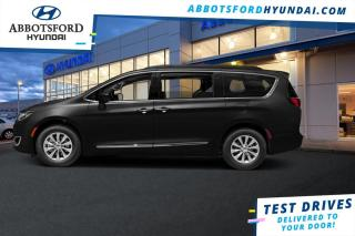 Used 2017 Chrysler Pacifica Limited  - Navigation -  Leather Seats - $209 B/W for sale in Abbotsford, BC