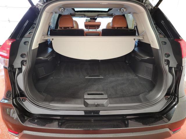 2018 Nissan Rogue SL AWD Reserve Edition Photo8
