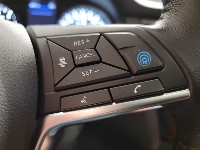2018 Nissan Rogue SL AWD Reserve Edition Photo12