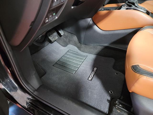 2018 Nissan Rogue SL AWD Reserve Edition Photo17