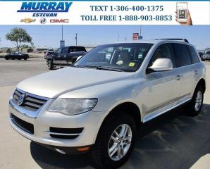 Used 2008 Volkswagen Touareg 2 Comfortline AWD/ HEATED LEATHER/ SUNROOF/ LOCAL TRADE for sale in Estevan, SK