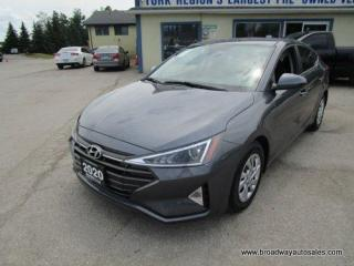 Used 2020 Hyundai Elantra LIKE NEW SE EDITION 5 PASSENGER 1.8L - DOHC.. 6-SPEED MANUAL.. HEATED SEATS.. BACK-UP CAMERA.. BLUETOOTH SYSTEM.. KEYLESS ENTRY.. for sale in Bradford, ON