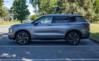 Used 2022 Mitsubishi Outlander SEL for sale in Vancouver, BC