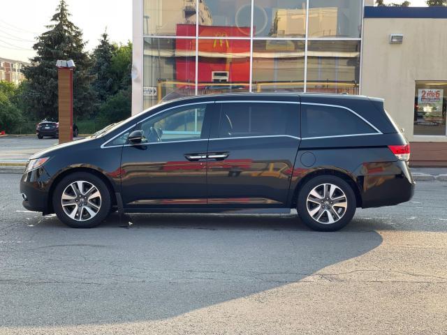 2015 Honda Odyssey Touring Navigation /DVD/Sunroof /Camera Photo3