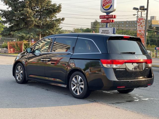 2015 Honda Odyssey Touring Navigation /DVD/Sunroof /Camera Photo4