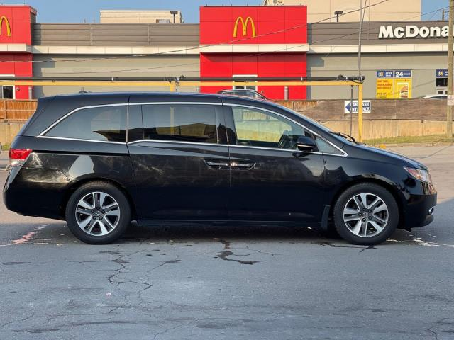 2015 Honda Odyssey Touring Navigation /DVD/Sunroof /Camera Photo7
