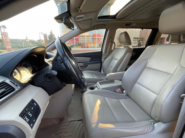 2015 Honda Odyssey Touring Navigation /DVD/Sunroof /Camera Photo10