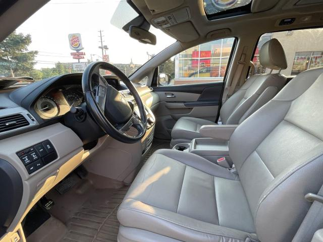 2015 Honda Odyssey Touring Navigation /DVD/Sunroof /Camera Photo11