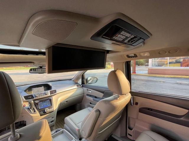 2015 Honda Odyssey Touring Navigation /DVD/Sunroof /Camera Photo13