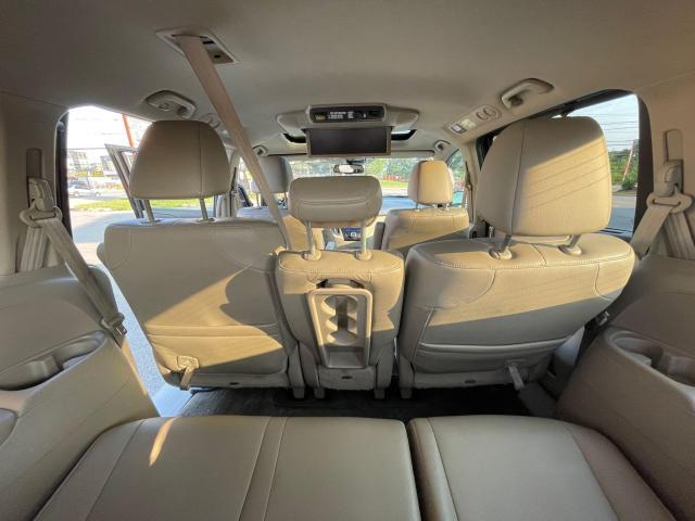 2015 Honda Odyssey Touring Navigation /DVD/Sunroof /Camera Photo15