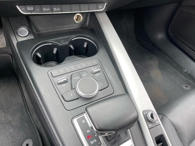 2017 Audi A4 Premium AWD  Leather/Sunroof /Camera Photo16
