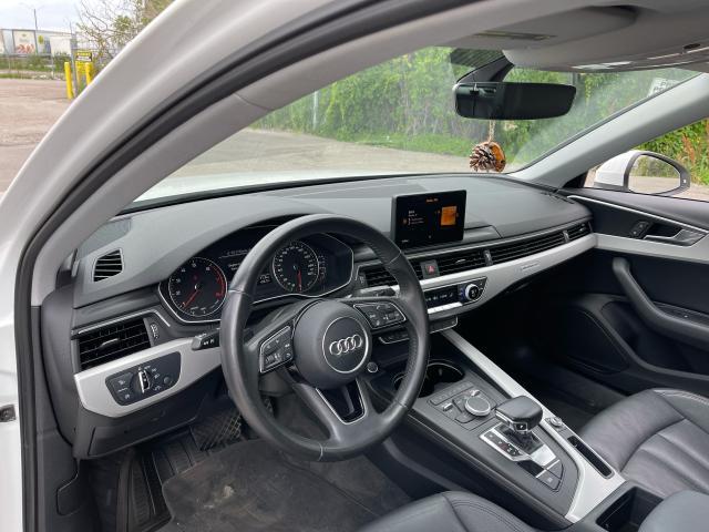 2017 Audi A4 Premium AWD  Leather/Sunroof /Camera Photo12