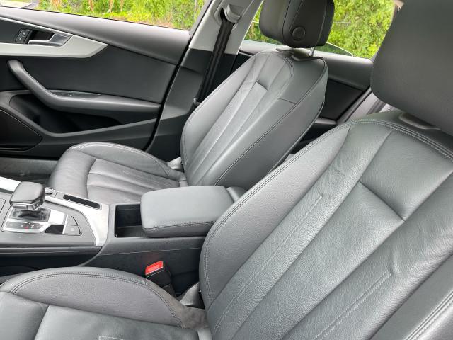 2017 Audi A4 Premium AWD  Leather/Sunroof /Camera Photo10