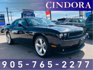 Used 2014 Dodge Challenger R/T Classic, Auto, Leather, Roof, NAV for sale in Caledonia, ON