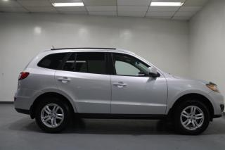Used 2011 Hyundai Santa Fe WE APPROVE ALL CREDIT. for sale in Mississauga, ON