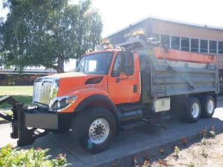 Used 2009 International WORKSTAR 7500 Dump Truck with Spreader and front plow blade Diesel for sale in Burnaby, BC