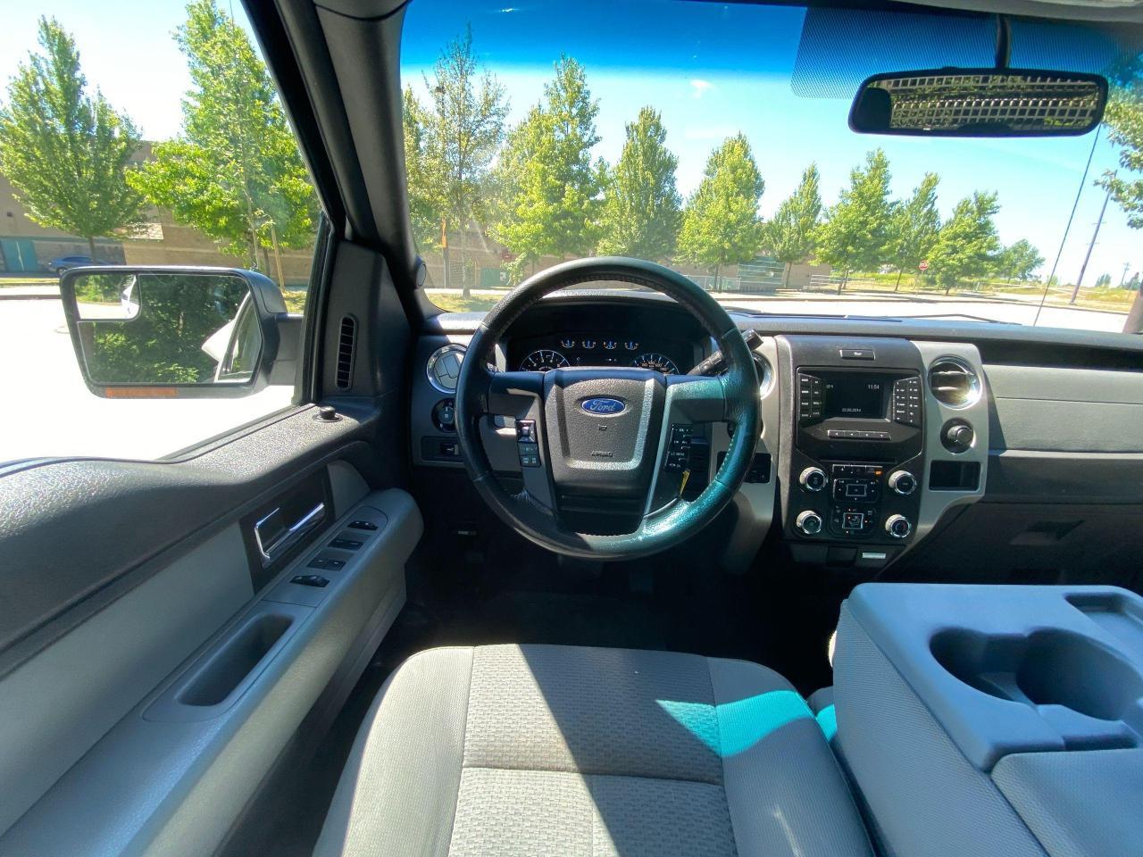 2014 Ford F-150 XLT Photo13