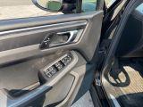 2017 Porsche Macan Premium  AWD Navigation /Sunroof /Camera Photo32