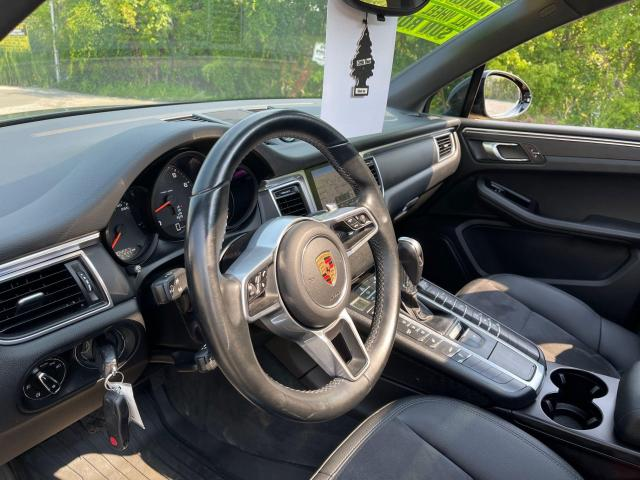 2017 Porsche Macan Premium  AWD Navigation /Sunroof /Camera Photo14