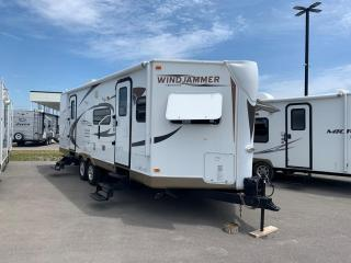 Used 2012 Forest River ROCKWOOD Ultra Windjammer 2609W for sale in Whitby, ON
