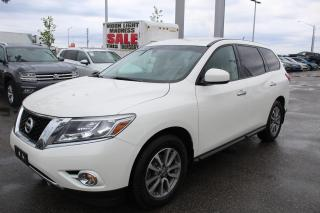 Used 2016 Nissan Pathfinder 3.5L for sale in Whitby, ON