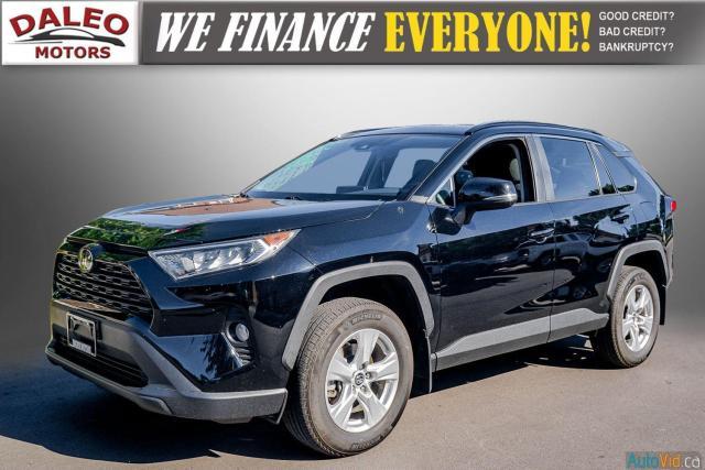 2020 Toyota RAV4 XLE / AWD / PANO ROOF / BACK UP CAM / HEATED SEATS Photo4