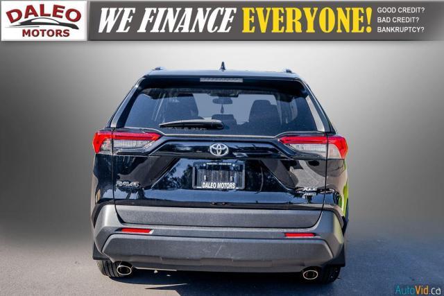 2020 Toyota RAV4 XLE / AWD / PANO ROOF / BACK UP CAM / HEATED SEATS Photo7